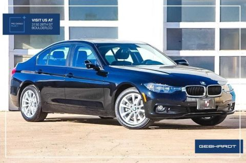 Pre-Owned 2017 BMW 3 Series 320i xDrive With Navigation & AWD