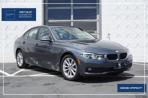 Pre-Owned 2018 BMW 3 Series 320i xDrive With Navigation & AWD