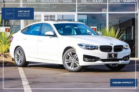 Pre-Owned 2018 BMW 3 Series 330i xDrive With Navigation & AWD